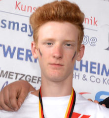 Simon Bastian Weiß Blau Germerswang